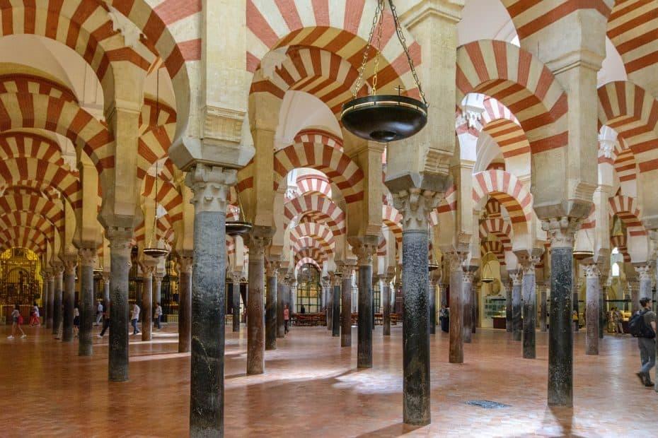 cuanto cuesta entrar a la mezquita de cordoba
