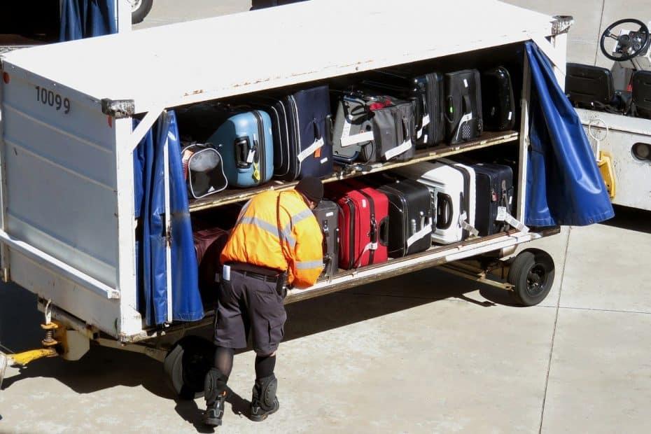 ¿Cuánto cuesta facturar maleta en BOA?