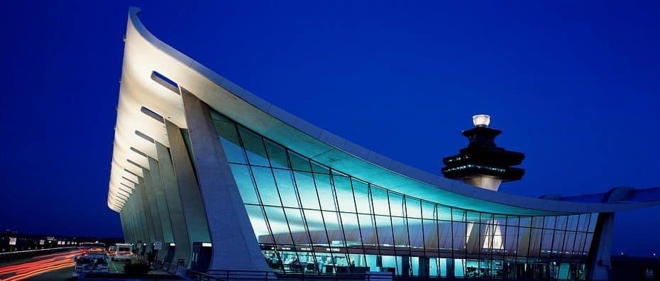 telefono aeropuerto internacional las americas