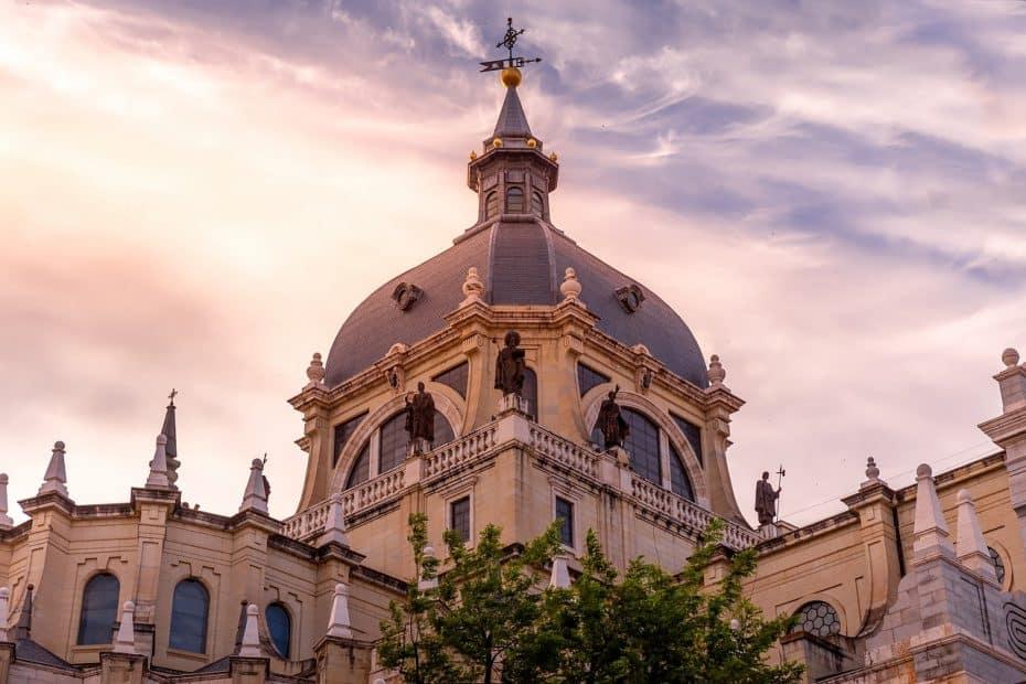 precio entrada catedral de la almudena