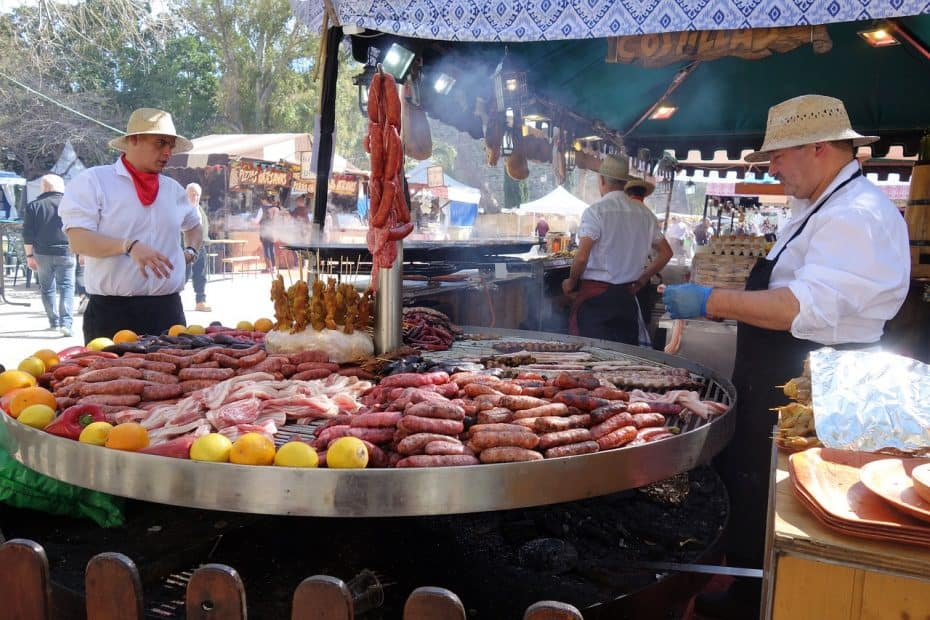 cuanto cuesta comer en argentina