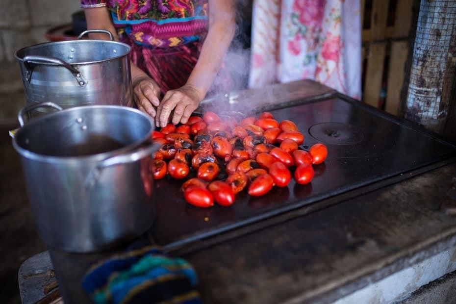 cuanto cuesta comer en guatemala