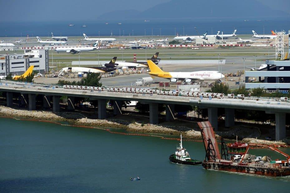 telefono aeropuerto internacional de hong kong