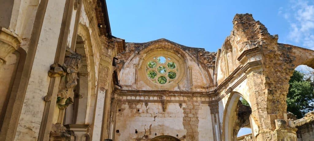 cuanto cuesta entrar al monasterio de piedra