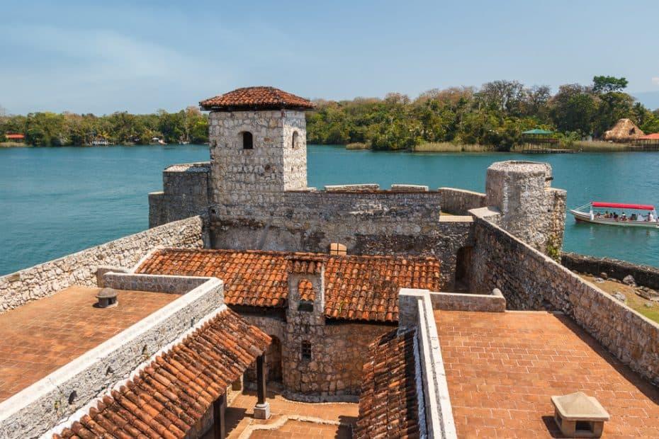 Castillo de San Felipe Lara en Guatemala