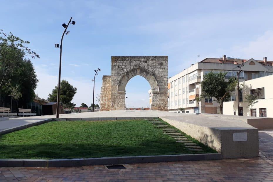 precio entrada galerias subterraneas y arco del torreon