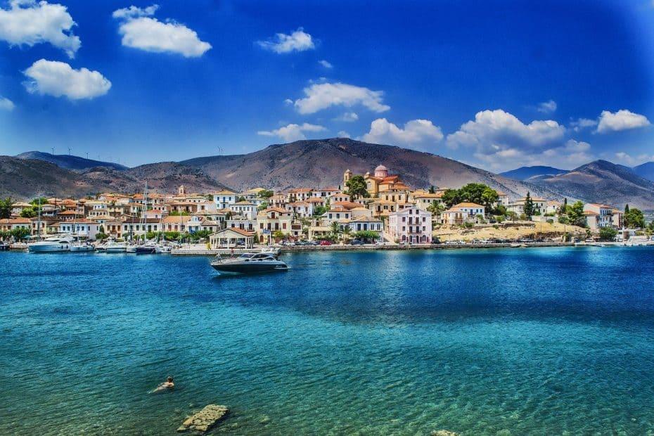 que llevar en la maleta para ir a grecia