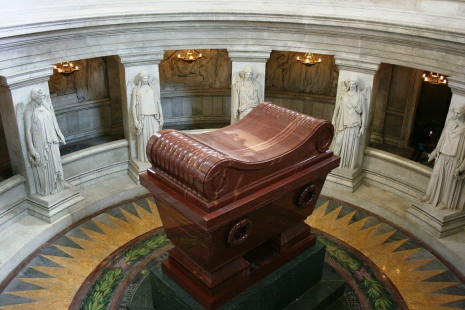 donde esta enterrado napoleon bonaparte