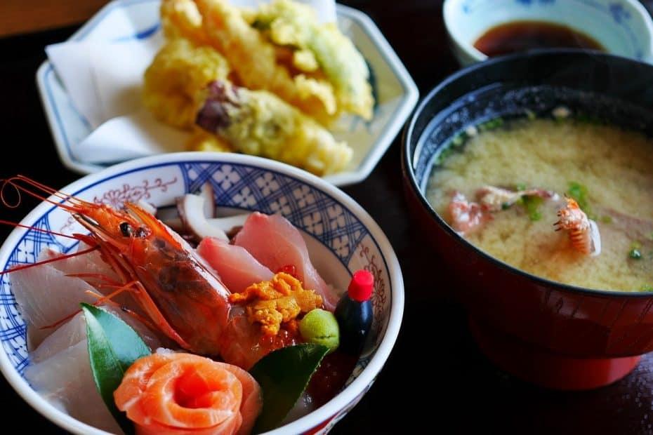 ¿Cuánto cuesta comer en el Restaurante Fuji en Valencia?