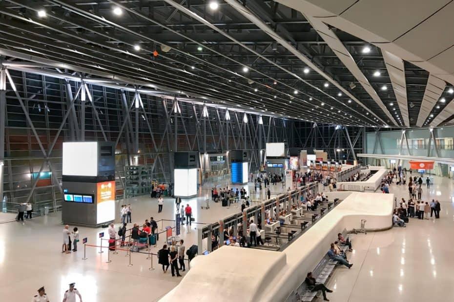 Teléfono Aeropuerto Internacional de Zvartnots