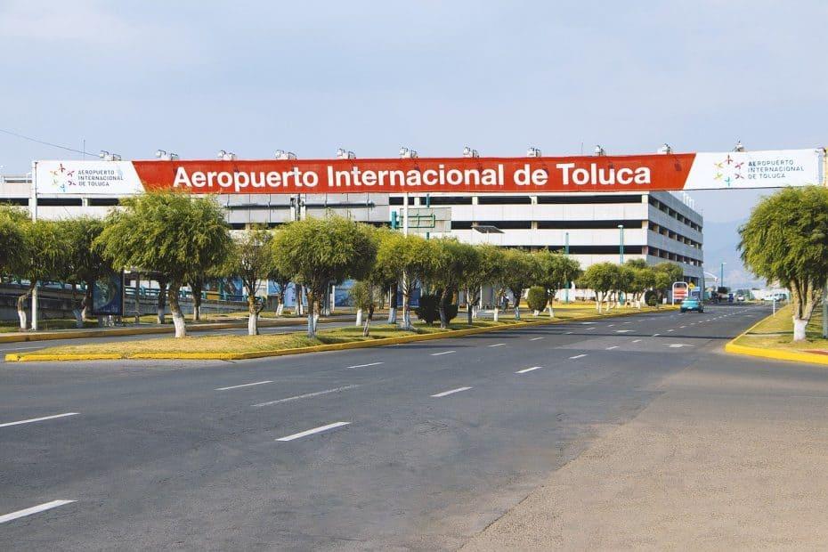 telefono aeropuerto internacional de toluca