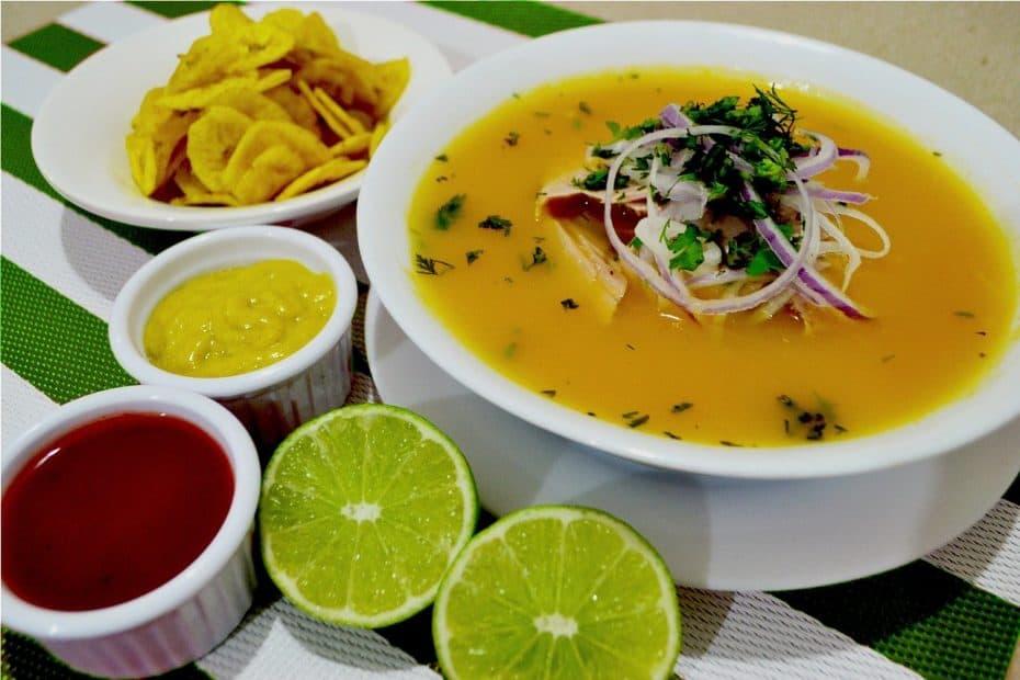 encebollado platos tipicos de Ecuador