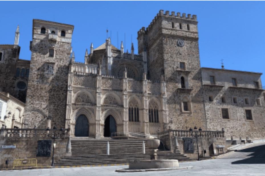 Ruta en moto por Guadalupe - Templo de los mármoles